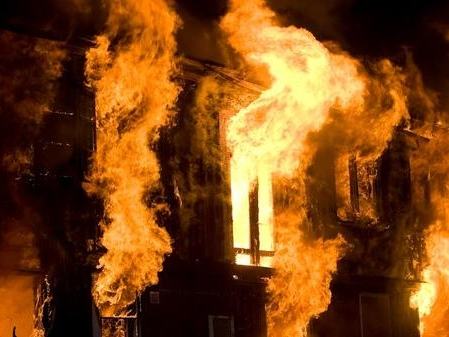 """""""Bet You Stay Home Now!!"""" Arsonist Burns Down Lockdown-Rule-Breaking Church"""
