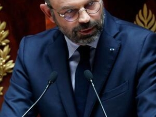French prime minister vows to continue reforming economy