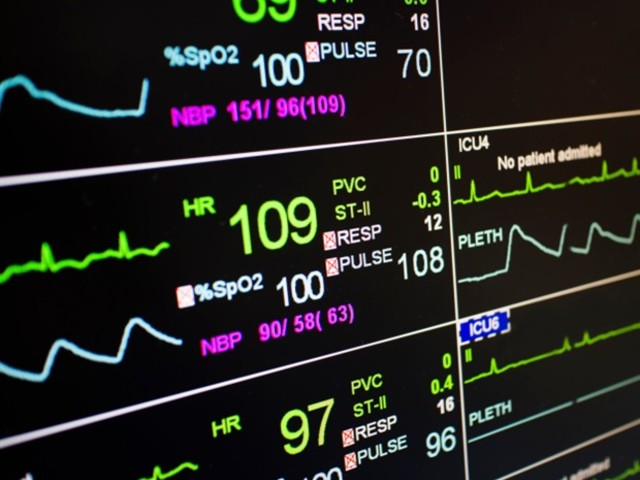 As hospitals fill with COVID patients, medical reinforcements are hard to find