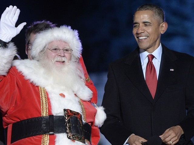This Video Of Barack Obama Playing Santa Will Fill You With Christmas Cheer