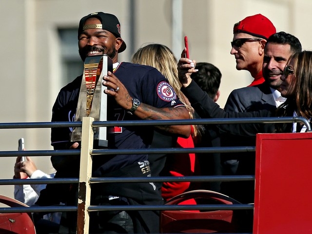 Washington Nationals re-sign postseason hero Howie Kendrick to one-year deal