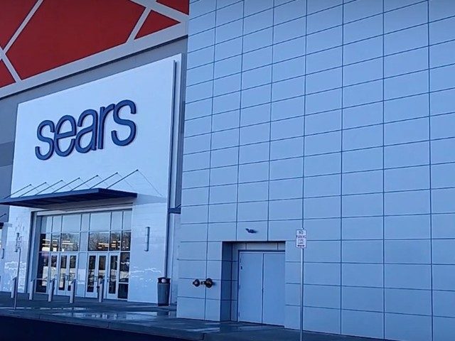 Sears plans to lay off 250 employees at its corporate headquarters and close dozens more stores