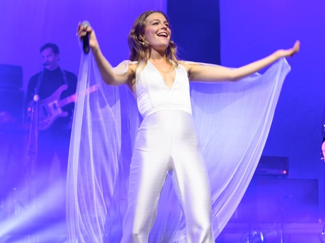 Singer Maggie Rogers 'Furious' With Fan Shouting 'Take Your Top Off' During Her Concert