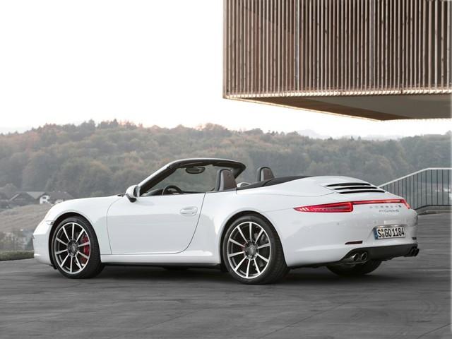 2014 Porsche 911--Carrera--4S--Cabriolet