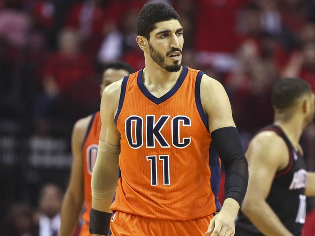 Video: Enes Kanter detained in Romanian airport over 'cancelled' passport