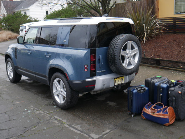 Land Rover Defender 110 Luggage Test | Boxy is better
