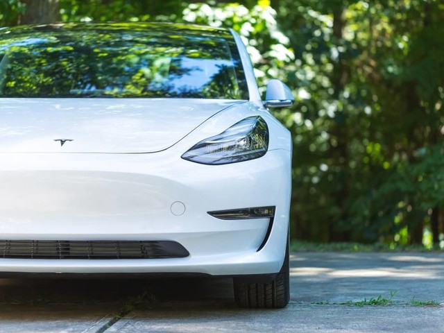 Tesla resumes Model 3 manufacturing as legal battle looms overhead