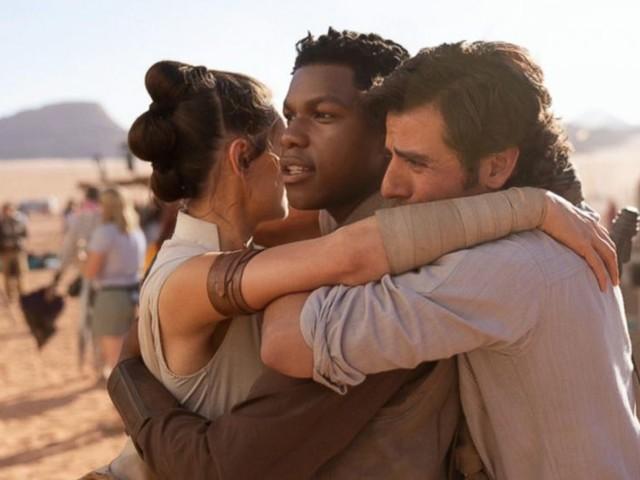 WATCH: Star Wars: Episode XI wraps filming