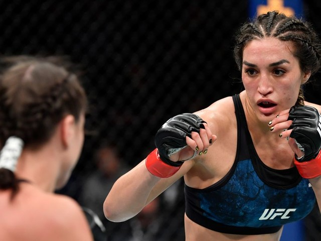 Suarez out of UFC 266 with 'very bad knee injury'
