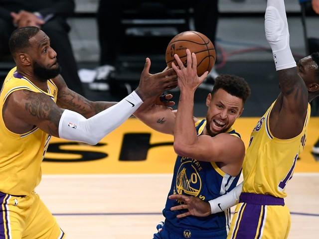 Warriors Establishing Identity, Stun World Champion Lakers