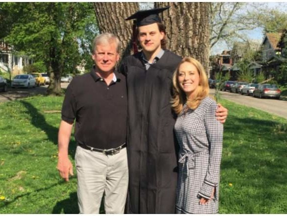 Jimmy & Robin Burrow, Joe's Parents: 5 Fast Facts You Need to Know