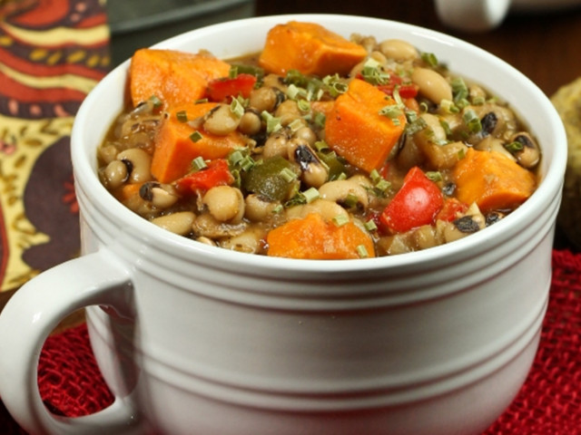 7 Black-Eyed Peas Recipes to Get Your Party Started