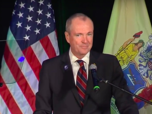 New Jersey Governor Issues Ultimatum Over Recreational Pot