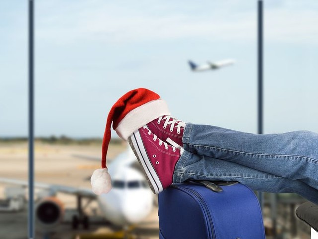 24 Ways to Take the Hassle Out of Booking Holiday Travel