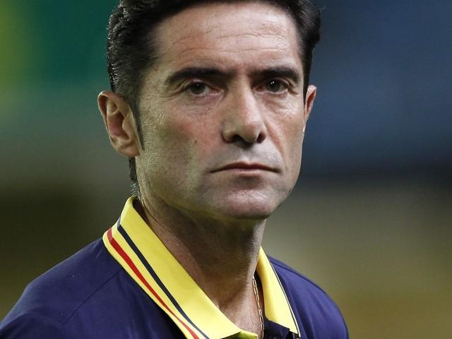 Valencia seeks poise under pressure of surprise title hunt