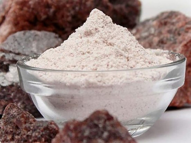 Indian Black Salt Is a Vegan Secret Weapon That Everyone Should Use