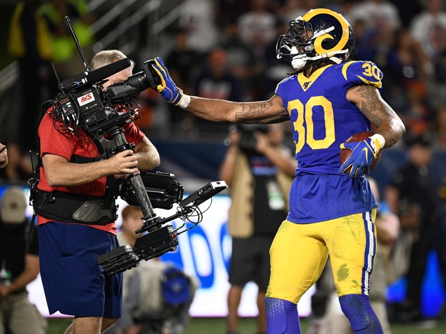 Todd Gurley proves he can still 'pound the rock' in Rams' win against Bears