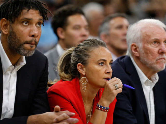 Becky Hammon Reportedly Interested in Knicks Coaching Position After Fizdale Firing