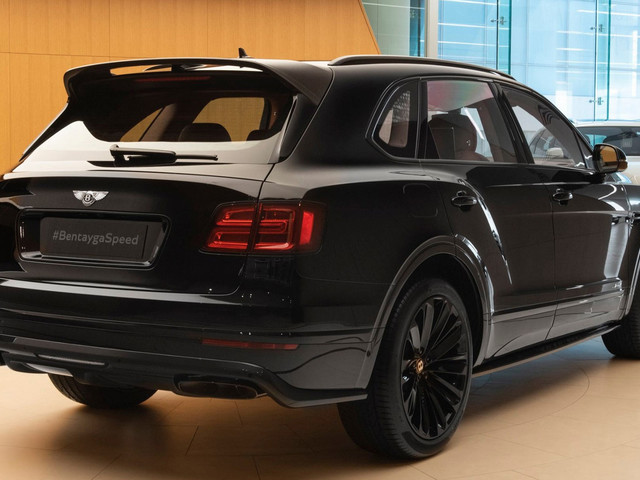 All-Black Bentley Bentayga Speed Is How The World's Fastest SUV Stays Inconspicuous