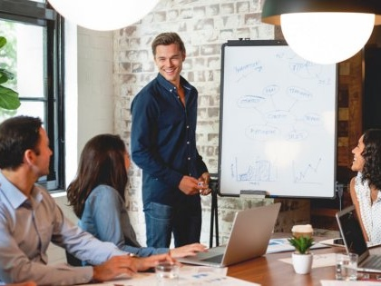 Your Complete Guide to Starting a Consulting Business