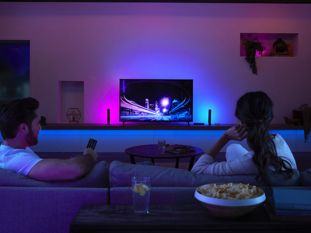 Philips Hue Play HDMI Sync Box makes a TV light show from any source
