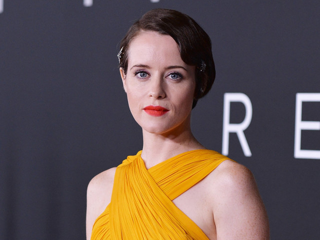 'First Man': Claire Foy 'leaned quite a lot' on Janet Armstrong's sons in portraying their mother