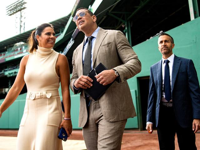 ESPN considers blowing up Sunday night booth around Alex Rodriguez