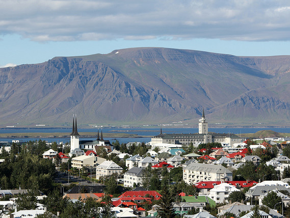 United – $498 (Regular Economy) / $433 (Basic Economy): Portland – Reykjavik, Iceland. Roundtrip, including all Taxes
