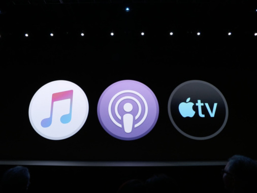Apple is planning to buy up original podcasts with exclusivity in mind