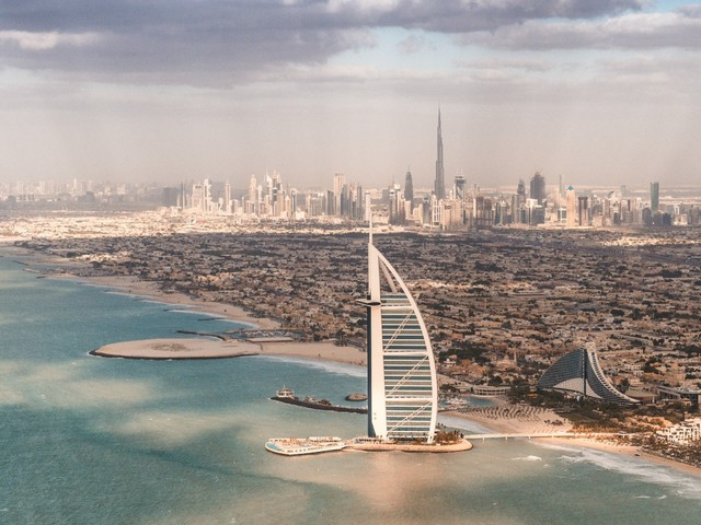 Heavy artificial rains are caused in the United Arab Emirates