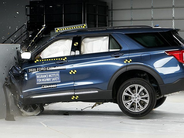 Ford Explorer falls short of safety award