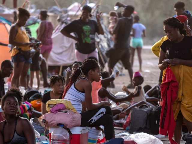 Haitian Asylum Seekers, 'The Matter of Black Lives,' and the Problem With Moderate Democrats
