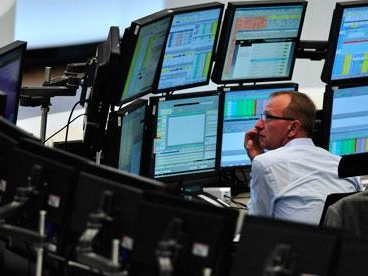Stocks Slide As Rate Drop Continues, Dollar Spikes