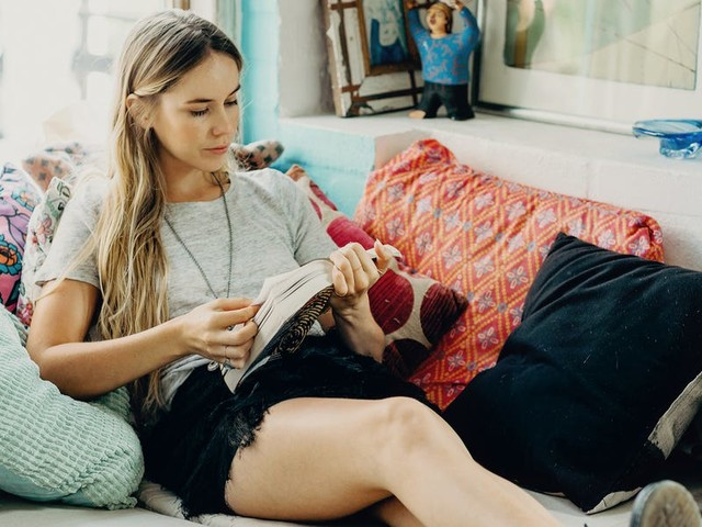 The 11 books every millennial should read to get out of debt, learn how to invest, and save more money