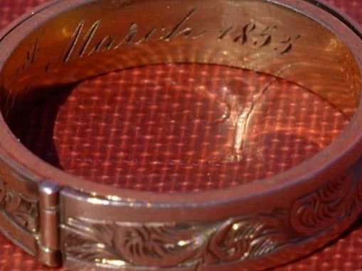 Ring taken to Antiques Roadshow is 'very likely' to contain Charlotte Bronte's hair