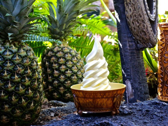 Disneyland's Tiki Juice Bar to Test Mobile-Only Ordering of Dole Whips
