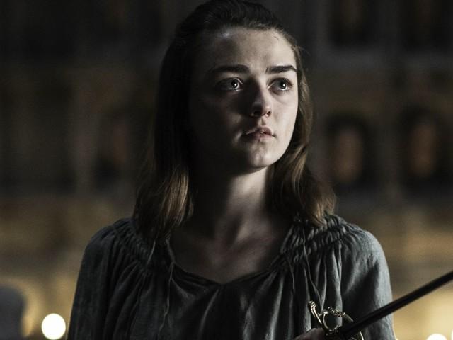 Maisie Williams Talks Losing & Regaining Her Confidence On Game Of Thrones