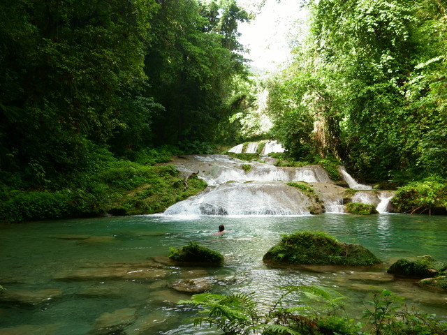 How to get the best vacation packages to Jamaica