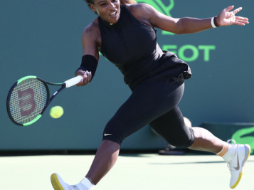 Serena Williams Suffers Tough Lost In 1st Round Of Miami Open + Rena's Dad Was In The Stands Cheering Her On