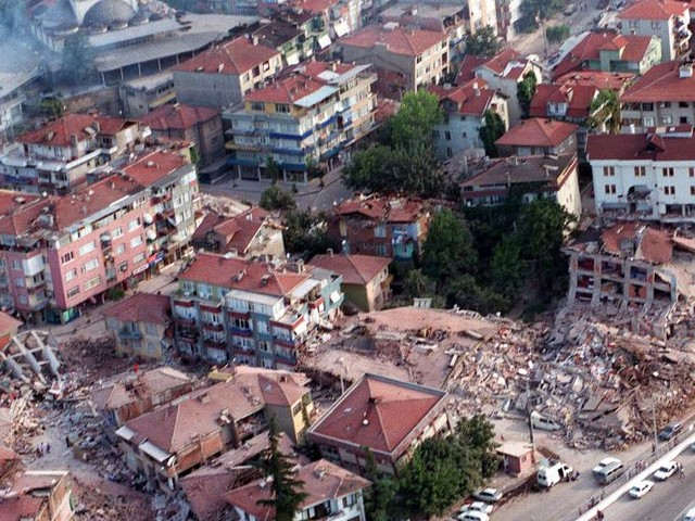 On This Day, Aug. 17: Earthquake in Turkey kills 17,000