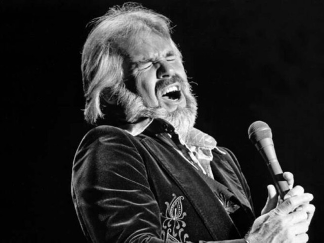 Kenny Rogers, country icon and Houston native, dead at 81