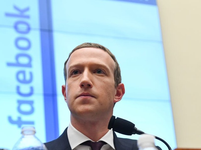 9 mind-blowing facts that show just how wealthy Mark Zuckerberg really is