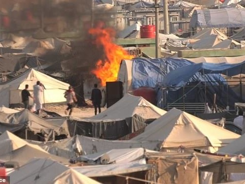 """""""Anarchy"""" As750 ISIS Prisoners Escape Syria Camp After Turkish Shelling"""