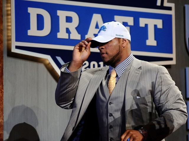 The 2010 NFL Draft comes full circle for the Buccaneers with the Ndamukong Suh signing