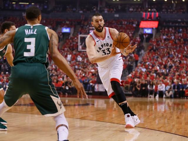Marc Gasol's turnaround helps Toronto rebound, roll back to Milwaukee with series tied