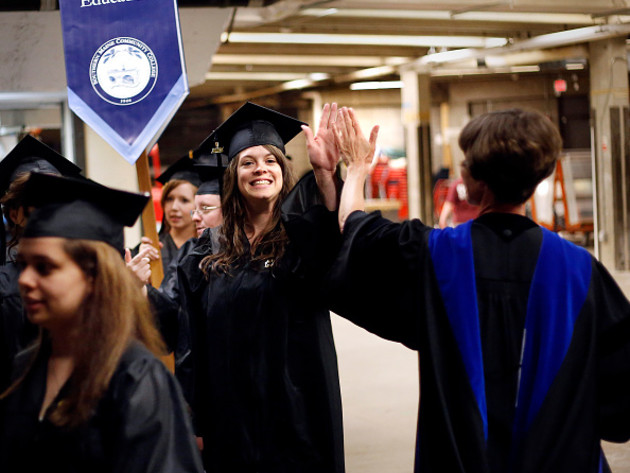Will free summer classes and scholarships bring students back to community colleges?