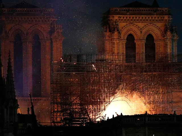 American witness describes Notre Dame burn: 'All my insides just fell apart'