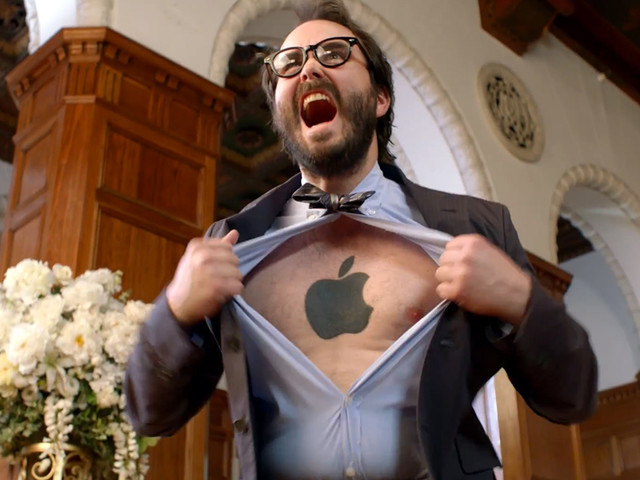 Apple fanboys admit all the Apple products they hate