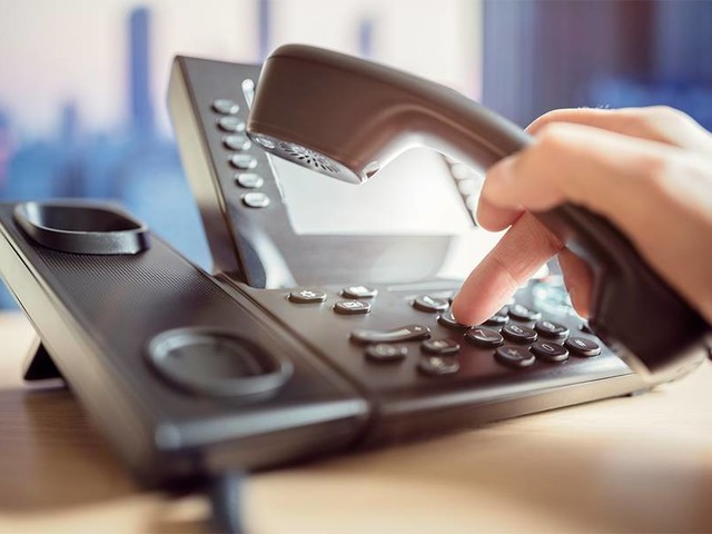 Cost, Features & How to Use the Grasshopper Phone System