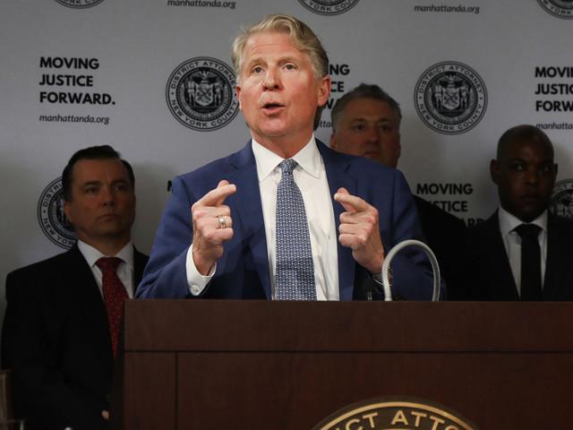 Manhattan DA asks judge to toss Trump's suit fighting tax return subpoenas